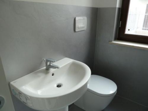 Marvin pittura decoro pittore edile decoratore - Smalto piastrelle bagno ...