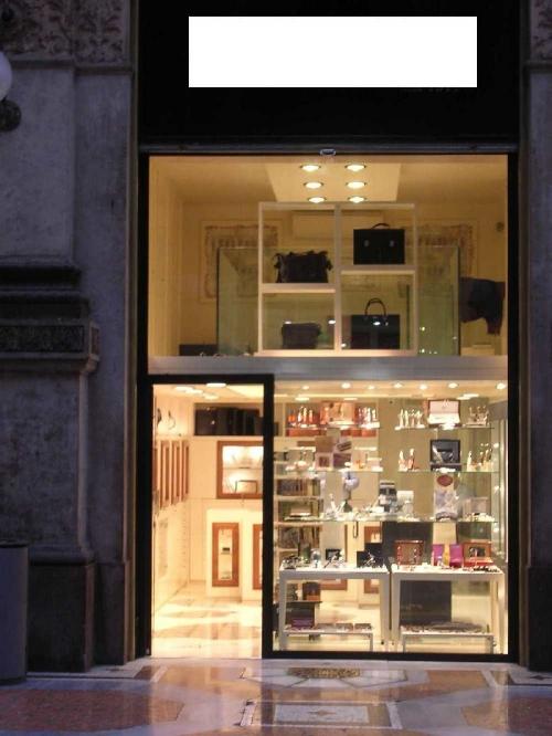 ... accessori per la casa, ufficio e giardino Monza e Brianza
