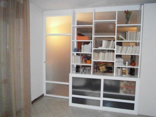 Panicali claudio falegname falegame per mobili e arredamento su misura - Libreria con porta scorrevole ...