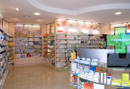 Farmacia alla madonna di cinzano dr pierantonio farmacia for Cinzano arredamenti